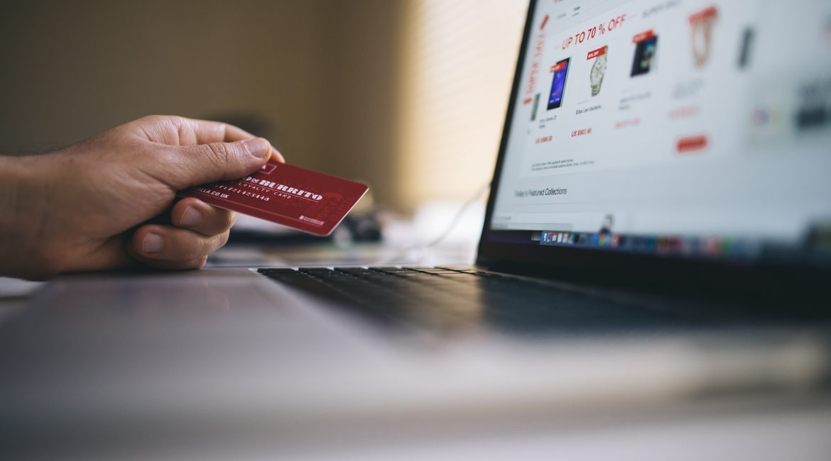 How to Deal With and Avoid E-commerce Chargebacks